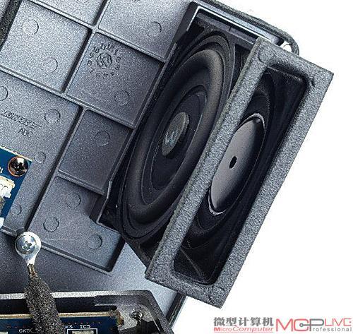 双炮symarvtry技术同美国顶级扬声器品牌bose推出的musicmonitor