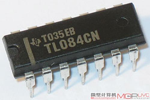 它的前级电路采用了4558芯片